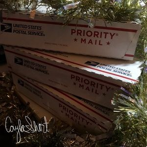 Other - Shipping Out! ❤️📦